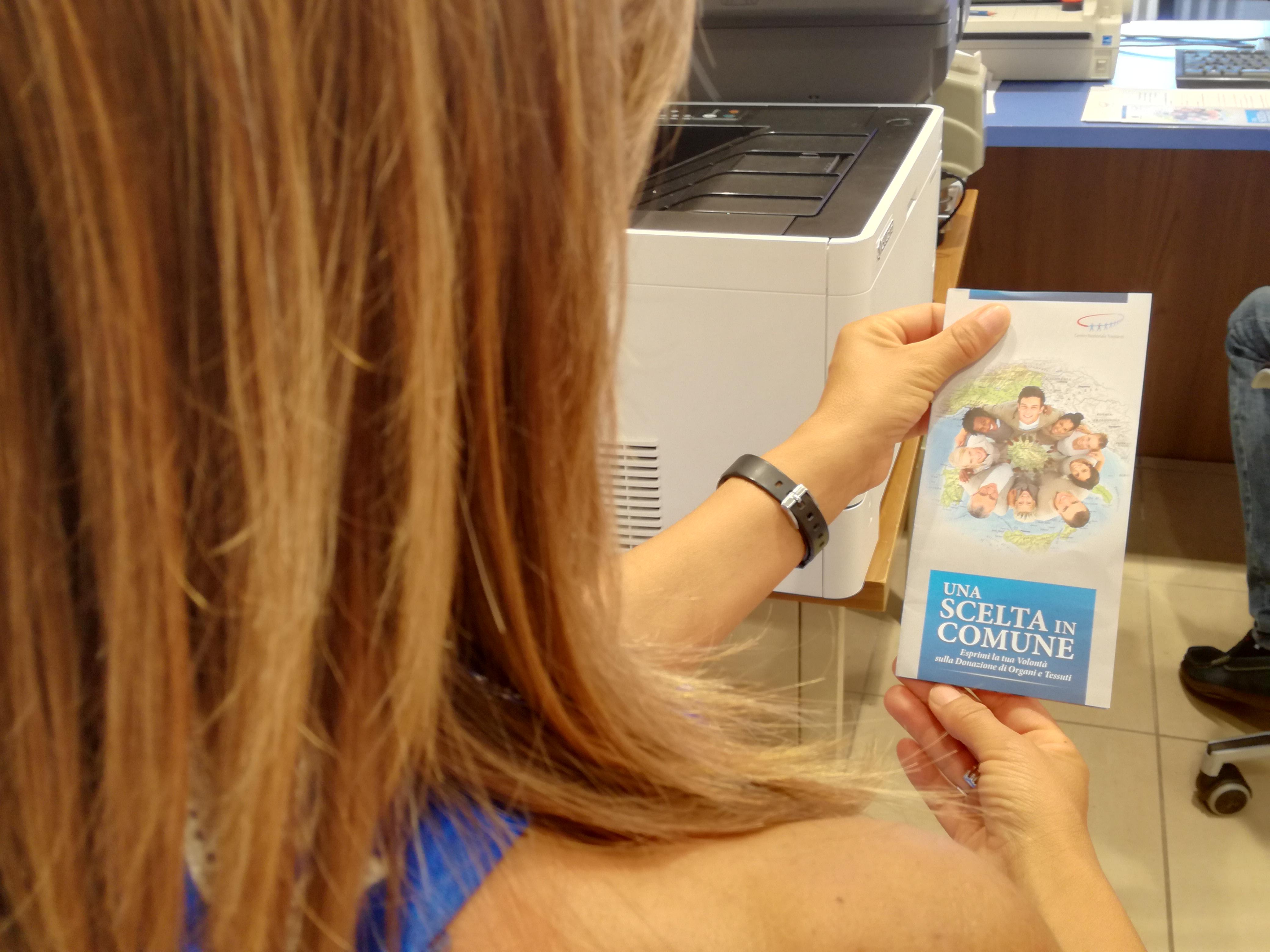 Ufficio Per Carta D Identità : Giugliano code all ufficio anagrafe arrivano le prenotazioni per
